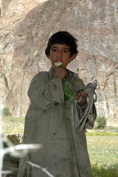 Chłopiec w Askole