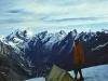 Tadek Slupski w obozie I na Brammah 2 W tyle Sickle Moon w grupie Kishtwar Himal. Szczyty na prawo prawdopodobnie niezdobyte do dzisiaj za nimi widac grań główną Himalajow