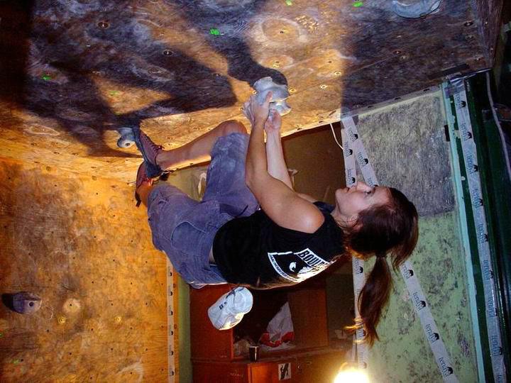 Finał pucharu Polski w Boulderingu AKG Łódź 6-7 listopada 2004