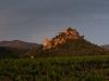 Zamek Entrechaux o wschodzie slonca, okolice St Leger du Ventoux, Prowansja