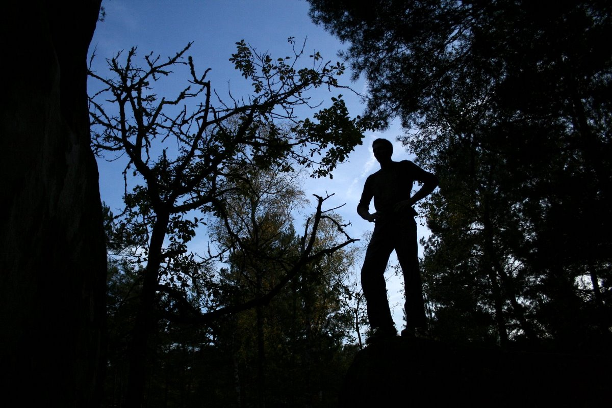 38 - Bartek i kamien w Fontainebleau