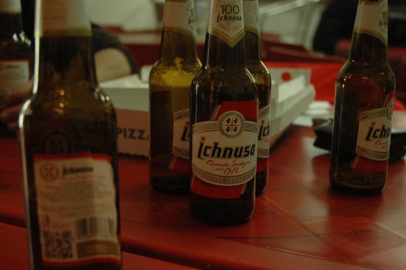 Pożegnalne piwo i pizza - Sardynia - Olbia  - Grzegorz Gawryszewski
