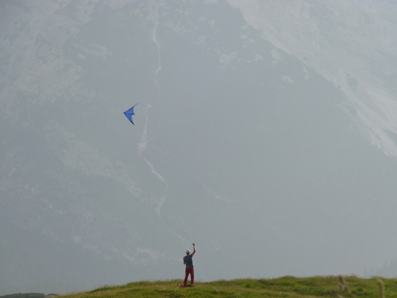 Kite Summiting - soon available in your store - Krzysztof Banasik