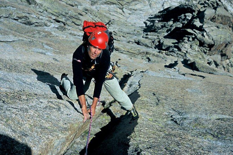 2004-07 Alpy Francuskie. Igly Chamonix, na Tout va Mal na Aiguille de Roc. Fot. Wojtek Ryczer