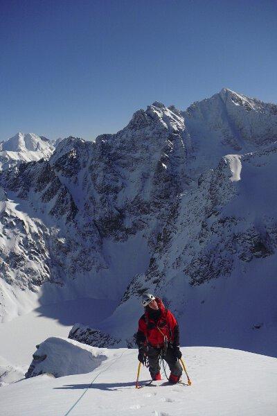 2012-03-02 Tatry Zima, w kopule szczytowej podczas przejścia Filara MSW. Fot Paweł Józefowicz