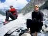 2006-07-01 Alpy Francuskie, w drodze pod Grandes Jorasses. Z Marcinem Ksiezakiem. Fot. Wojtek Ryczer